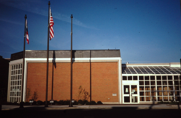 photo of building in 1991